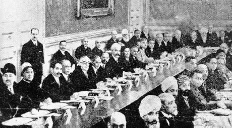 Imam Sultan Muhammad Shah and Jinnah at the Round Table Conference 1931