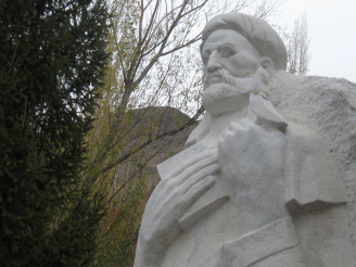 Nasir Khusraw statue